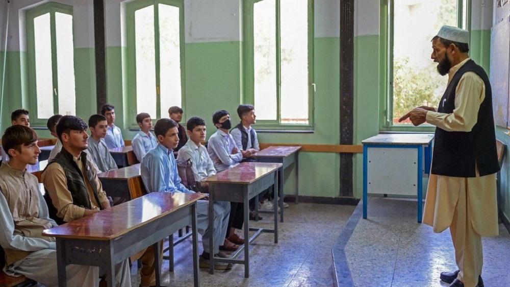 अफगानिस्तानका बिद्यालयहरु धमाधम खुल्न थाले